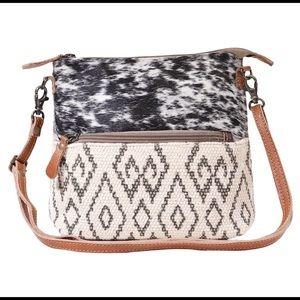 Myra Gloss Bag Upcycle Canvas & Leather Hairon